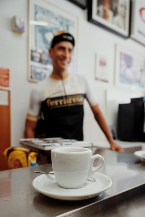 Sport-Team von Espresso Ferrarese